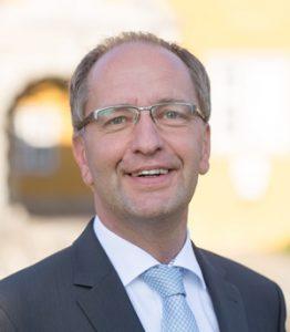 Dr. Walter Krupp