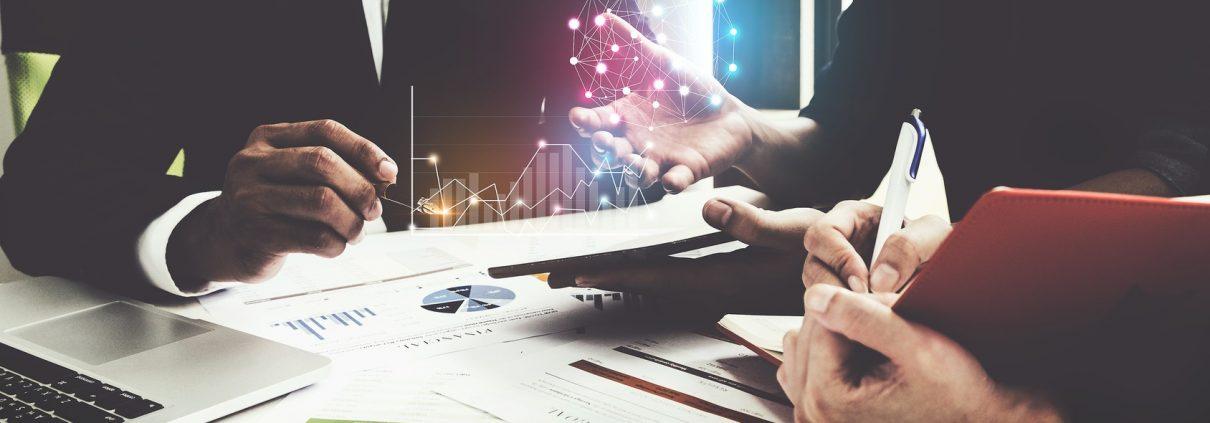 Eine Analysekultur im Unternehmen zu etablieren, ist ein aufwändiger Prozess (© itchaznong | fotolia.de)